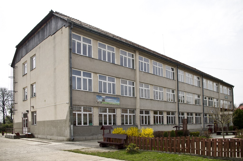 Molnar Jozsias iskola_TL_01