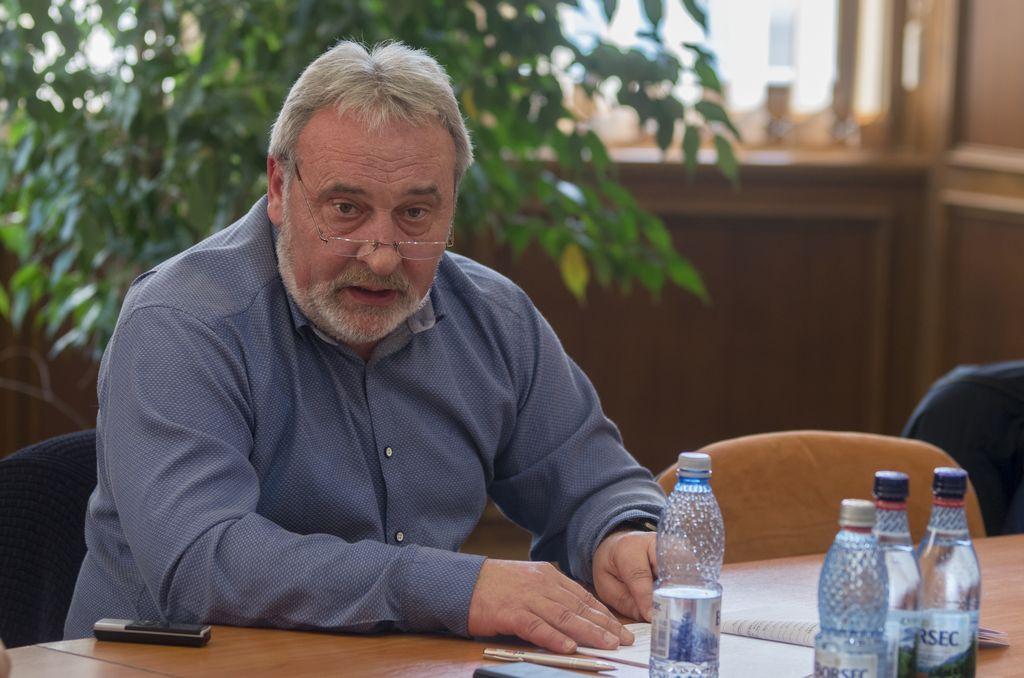 Büntetés egy magyar nyelvű bejegyzés miatt