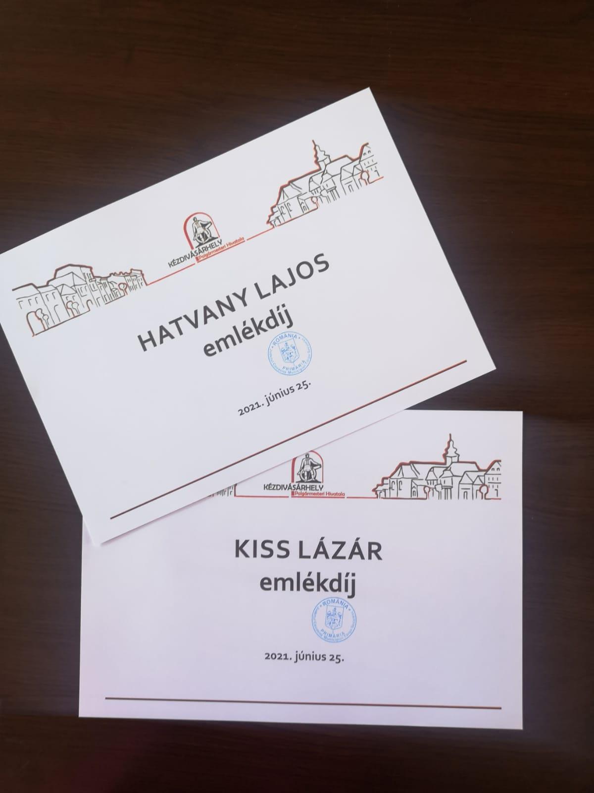 Odaítélték a Kiss Lázár- és Hatvany Lajos-emlékdíjakat